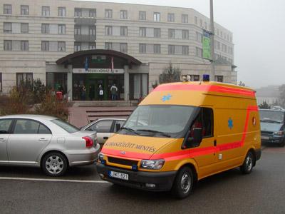 mentőszolgálat biztosítja a PIC III-ból a speciális esetek