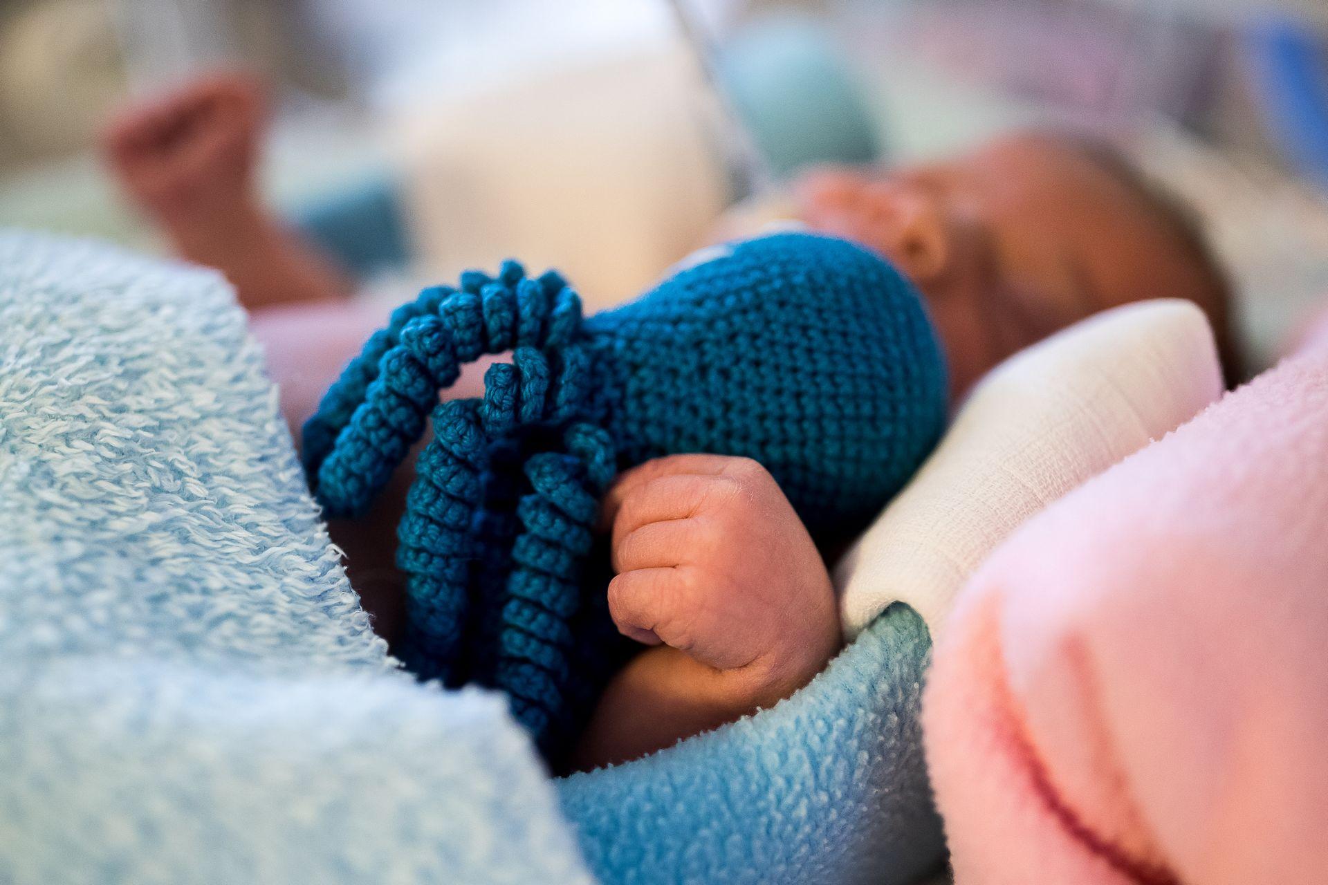 A koraszülés traumájáról tanulhatnak a felsőoktatásban